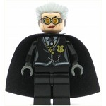 LEGO Harry Potter Minifigure Madame Hooch Light Flesh